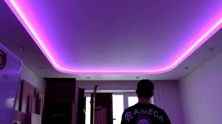 стоимость потолка из гипсокартона с подсветкой